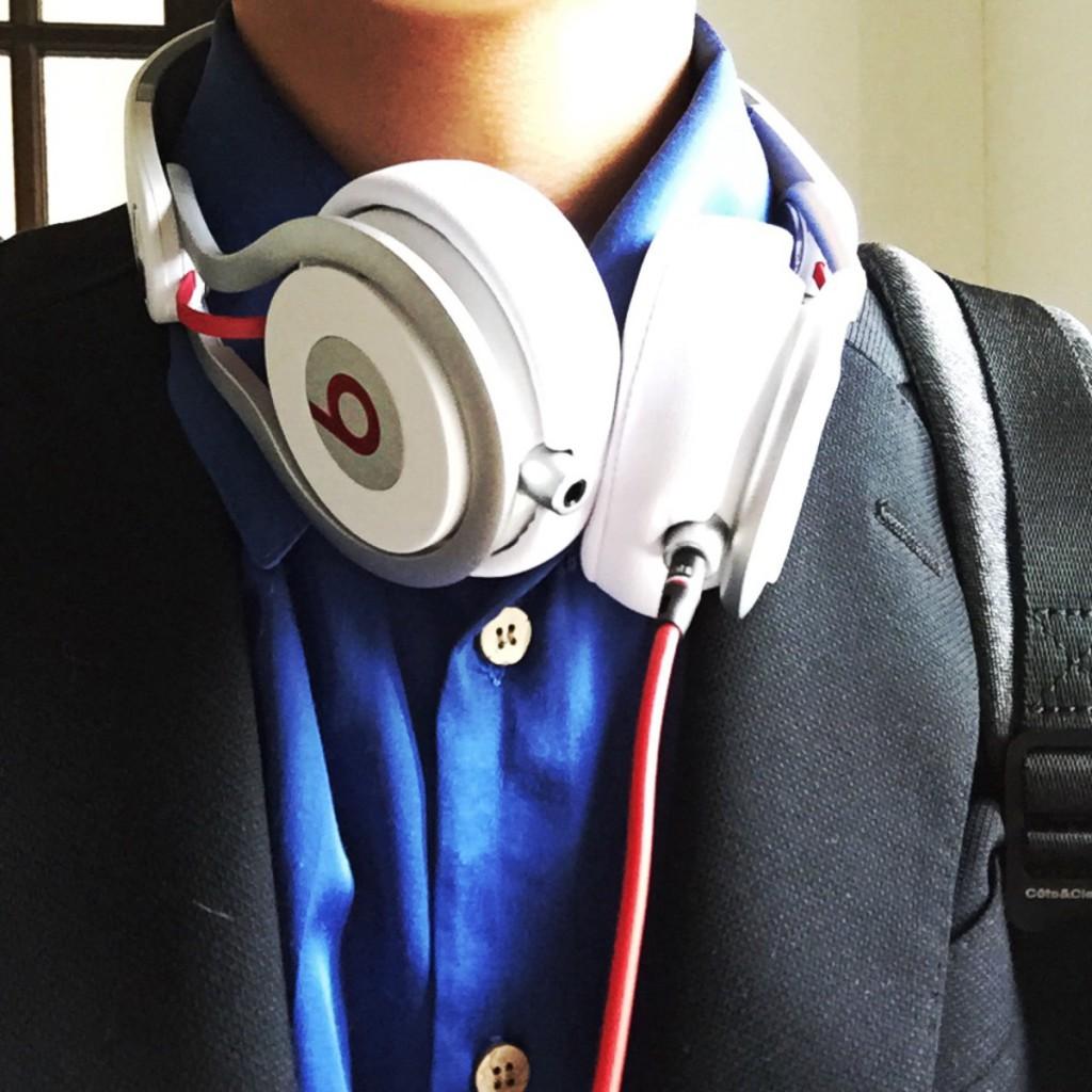 人一倍音楽に疎い私が、DJが使うプロ仕様のヘッドホン「Beats mixr」に手を出した結果