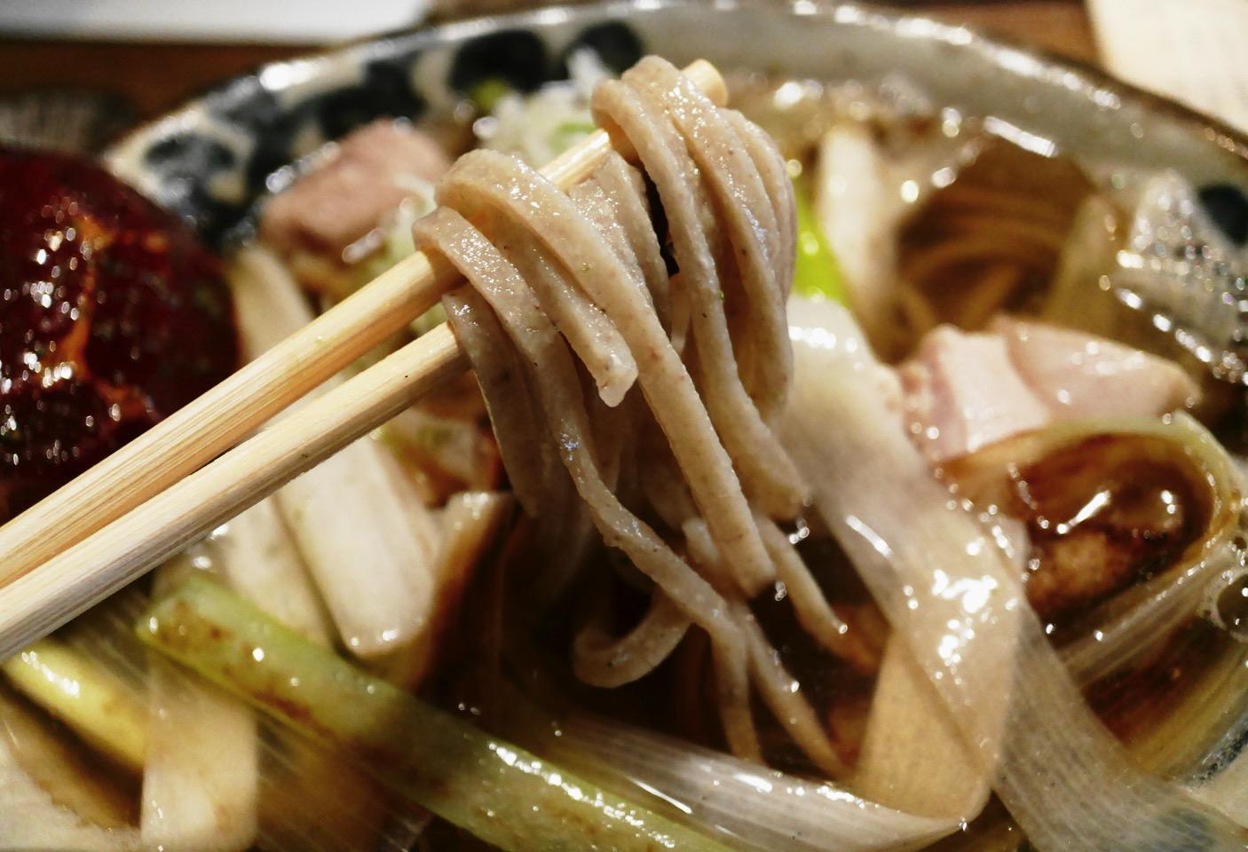コシのある太麺が美味しい!